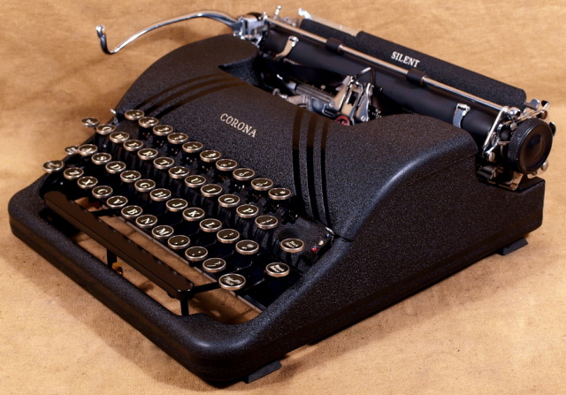 Vintage Typewriter Shoppe 51