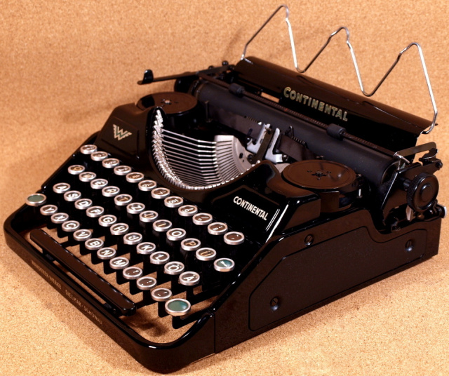Vintage Typewriter Shoppe 10