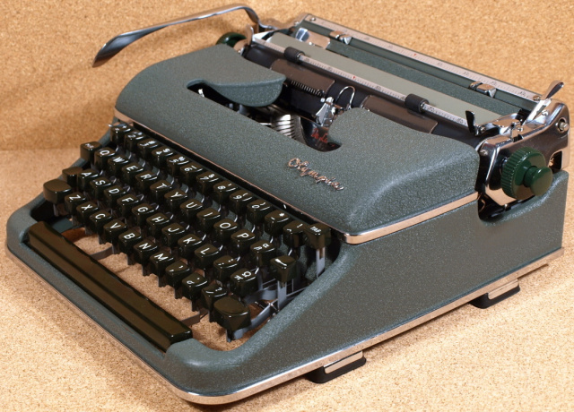 Vintage Typewriter Shoppe 94