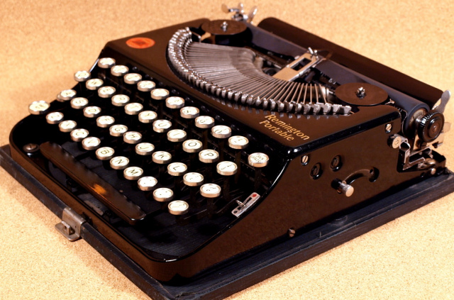 Welcome To The Vintage Typewriter Pe